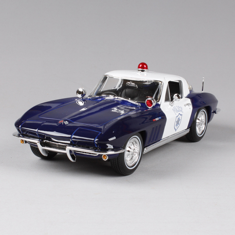1:18 diecast Car 1965 Corvette Blue Classic Cars 1:18 Alloy Car Metal Vehicle Collectible Models toys For Gift new year gift 1957 corvette 1 18 big metal classic car vehicle scale model collection alloy luxury delicate present toys diecast