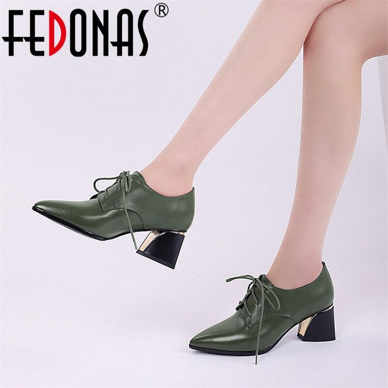 FEDONAS nowy modne szpilki pompy prawdziwej skóry szpiczasty Toe Party klub nocny buty kobieta skórzane zasznurować biurowe pompy w Buty damskie na słupku od Buty na  Grupa 1