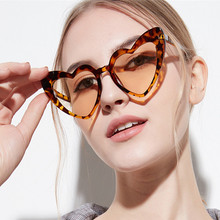Brand Designer Vintage Sunglass Fashion Love Heart Sunglasses