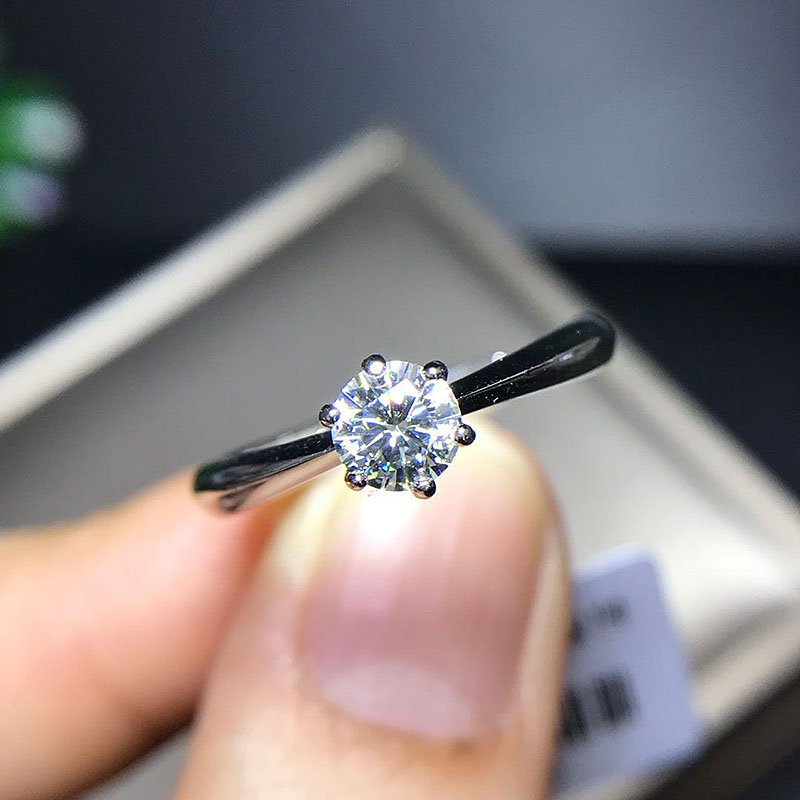 Real 925 Plata de Ley redondo brillante corte Solarite 0.5ct 6 Prong Moissanite anillo sólido anillo de compromiso para mujeres-in Anillos from Joyería y accesorios    1