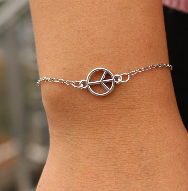 Pulseras Bijoux Love Vintage Cross Eye Peace Owl Heart Handcuff Women Jewelry Charm Chain Bracelets Bangles Valentine`s Day Gift