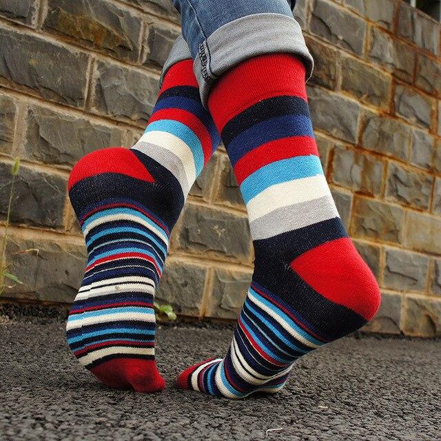 HSS Casual Mens Socks Comfortable Rainbow Colorful Striped Calcetines 3D Happy Socks High Quality Hip Hop Socks Business Socks