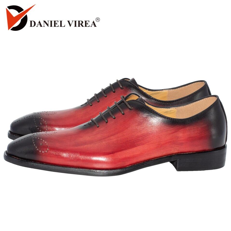 Handmade mężczyźni sukienka buty z prawdziwej skóry wysokiej jakości włoski projekt brązowy niebieski kolor ręcznie polerowane Pointed Toe buty ślubne w Buty wizytowe od Buty na  Grupa 1