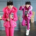 2016 muchachas Del Invierno patrón de color sólido de tres piezas traje de los niños botellas de agua caliente abajo capa de la ropa