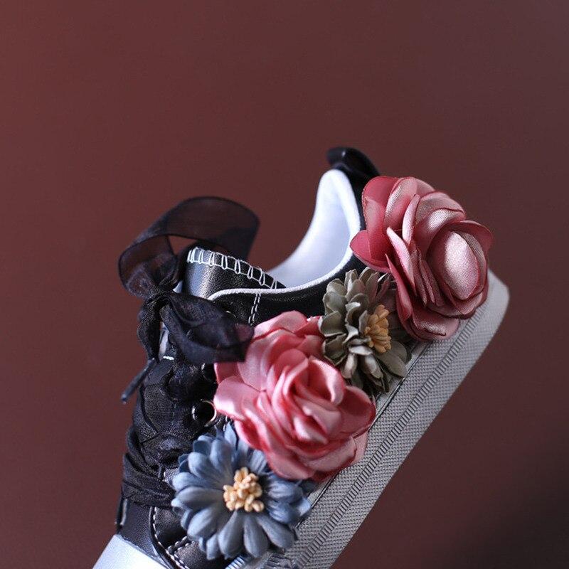 0d31562b00f43 Enfants Fille Bébé Marque Espadrille Enfant High Top Lace Up Fille  Chaussures Enfant De Mode Floral Blanc Formateur tx1099 dans Chaussures de  sport de Mère ...