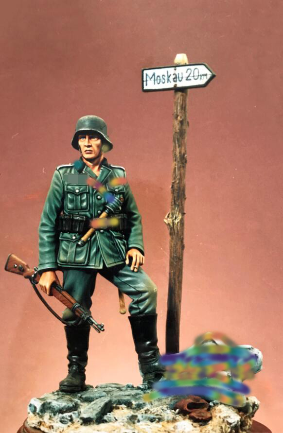 1 18 90MM Uncolor Infantryman 90mm WITH BIG BASE toy Resin Model Miniature resin figure