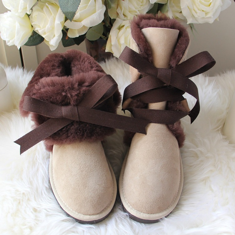 Top Quality Genuine Sheepskin Leather Woman Snow Boots Fashion Waterproof Winter Boots 100% Natural Fur Warm Wool Women Boots 2017 top quality genuine sheepskin leather snow boots for women waterproof winter boots 100% natural fur wool women boots