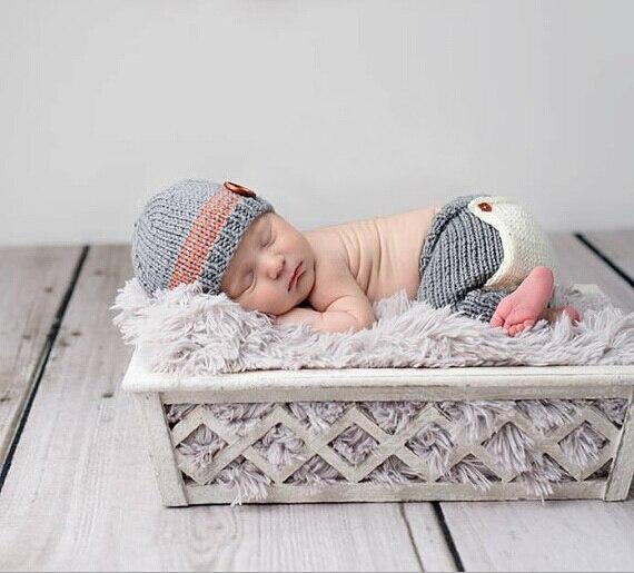 f85d9f96abbe Livraison gratuite, bébé Bonnets casquettes, 100% fait main Crochet Bébé  Chapeau avec un Pantalon bébé Ensembles, nouveau-né Photographie Props  taille  0-1 ...