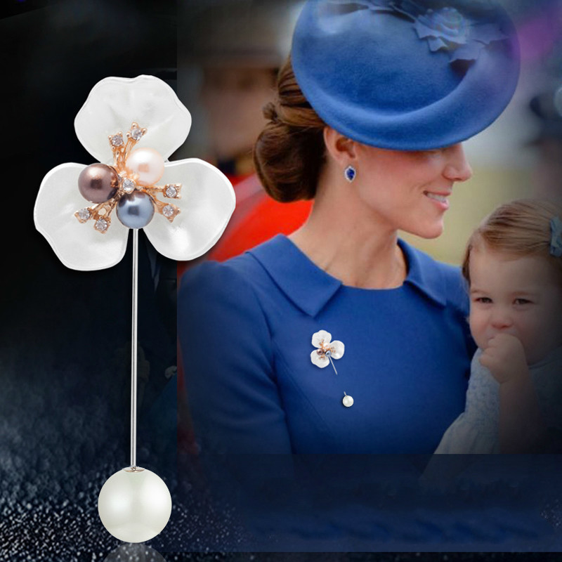 Luxury British Royal Princess Lapel Pins Brooches For Badges Women Brooch Vintage Loose Coat Sweater Pin Bouquet Camisas Mujer