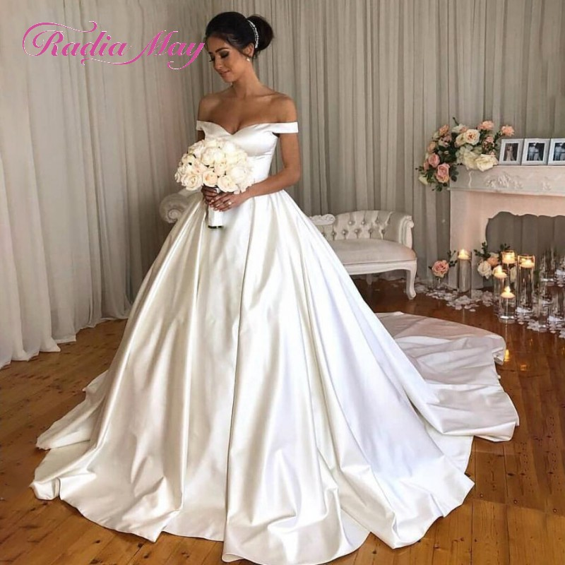 US $149.6 20% OFF|Elegant White Satin Ball Gown Plus Size Wedding Dress  with Pockets 2019 Off Shoulder Luxury Chapel Train Wedding Gowns Turkey-in  ...