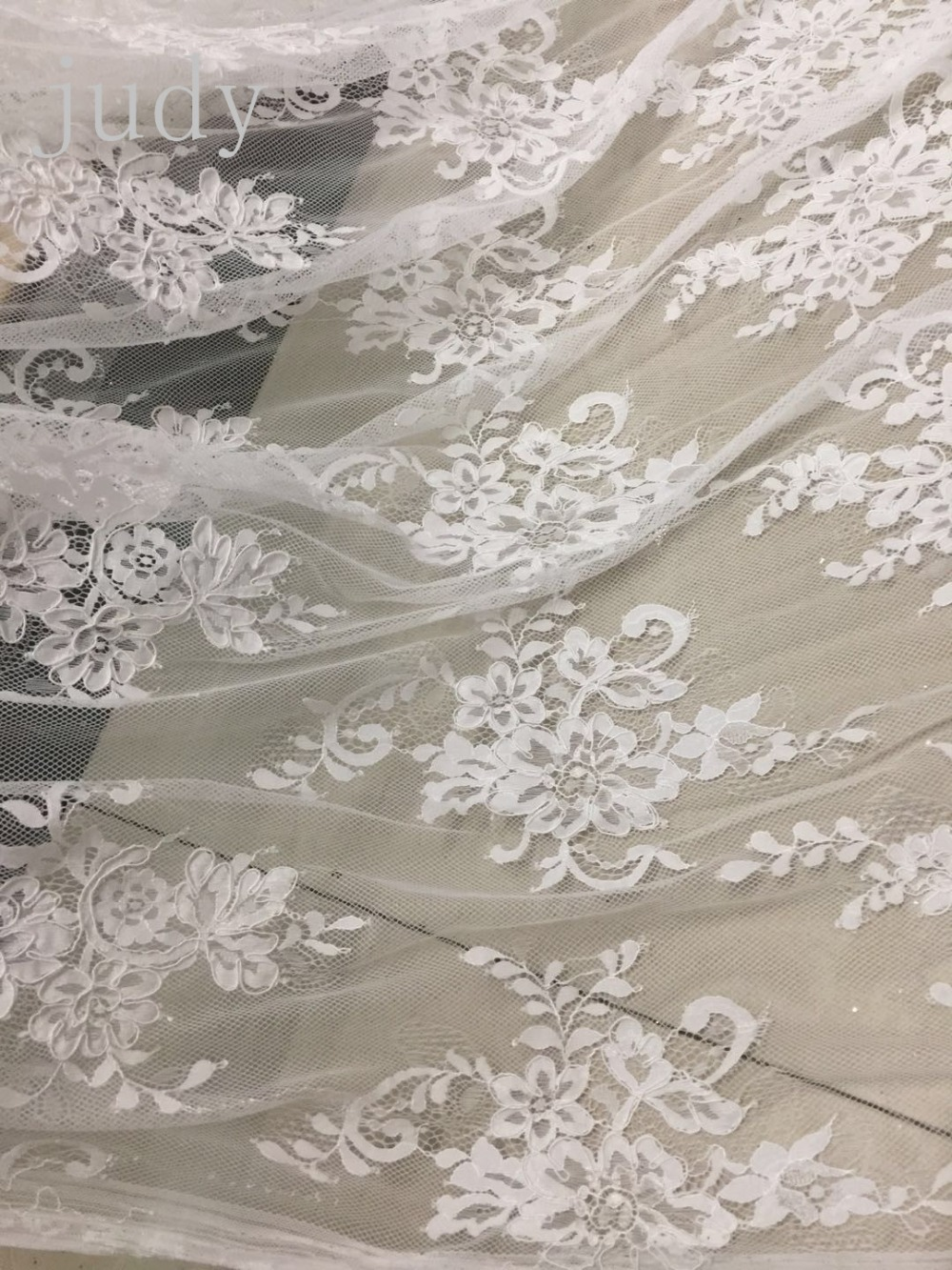 New pattern  1pieces CH06# White lace French dress cord for bridal wedding dress/sawing Free shippingNew pattern  1pieces CH06# White lace French dress cord for bridal wedding dress/sawing Free shipping