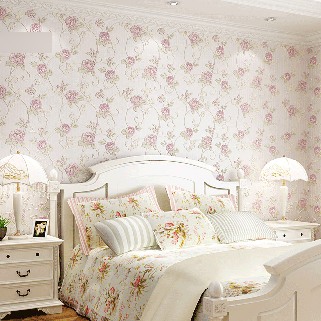 Floral wallpaper for bedroom images for Vintage bedroom wallpaper