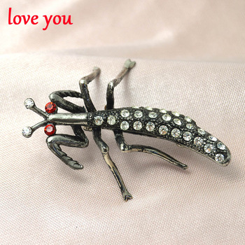 new fashion jewelry rhinestone mantis brooches cute vintage brooch pins for women personalized insect brooches high quality