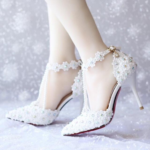 2017 High Quality White Lace Pearls Women Wedding Shoes With Ribbons T-Strap Ladies Party/Dress Shoes Pointed Toes Size EU 34-39