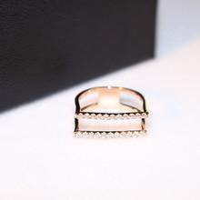 цена на Zinc Alloy Zircon Engagement Rings For Women Ladies Rose Gold Ring Fashion Jewelry Popular Style with Shining Rhinestone Ring