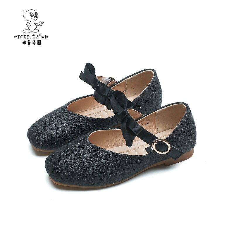 Simple Design New Style Girls Nubuck PU Leather Flower Elegant Shoes Princess Children Shoes Soft Bottom Flat Princess Sandals цена 2017
