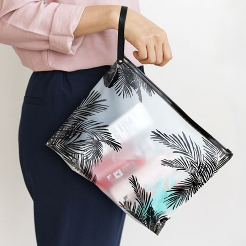 Fashion Women Clear Cosmetic Bags PVC Toiletry Bags Travel Organizer Necessary Beauty Case Makeup Bag Bath Wash Make Up Box fashion women travel cosmetic bags pvc clear leaf makeup organizer lady large necessary toiletry beauty case wash kit bags pouch