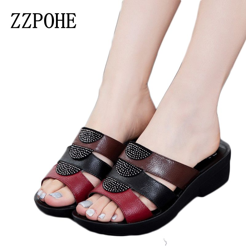 ZZPOHE Fashion mother sandals 2017 summer Shoes new slope comfortable Leather slippers elderly woman Plus Size slippers 35-41 new arrival star same paragraph woman slippers summer plus size comfortable attractive sapatos hot sales soft tenis feminino