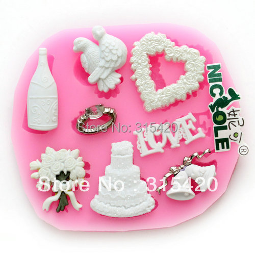 heart shaped wedding cakes with flowers f0533 wedding cake flowers ring wing bell and 15168