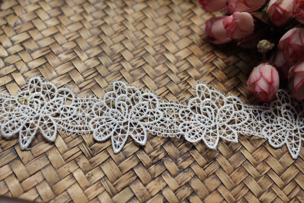off white lace trim wedding decoration with delicate floral, vintage style lace trim THX14 yards