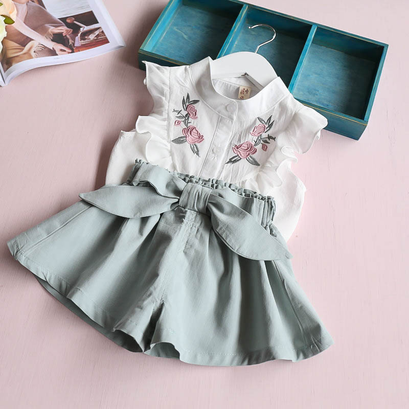 Baby Girls White Embroidered Blouse and Shorts with Bows Little Girls Fly Sleeve White Top and Summer Short Outfit for Kids