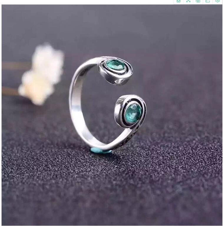 Emerald ring  Real and natural Emerald 925 sterling silver Fine women jewelry 4*4mm 2pcsEmerald ring  Real and natural Emerald 925 sterling silver Fine women jewelry 4*4mm 2pcs