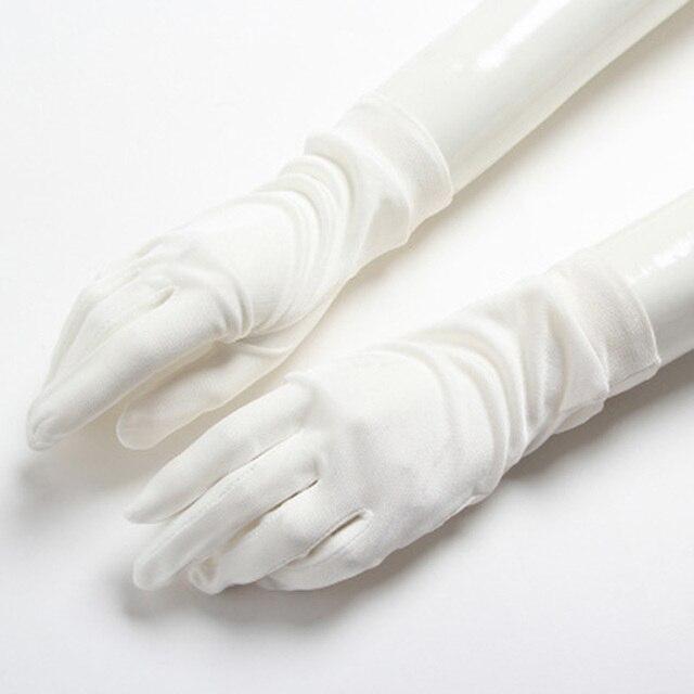 Ladies 100 Silk Knit Gloves...