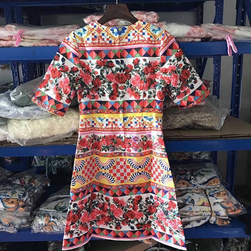 2018 ヨーロッパファッション秋の新加入ヴィンテージ O ネック五分袖チェックローズプリントエレガントスリム A ライン膝上ドレス女性