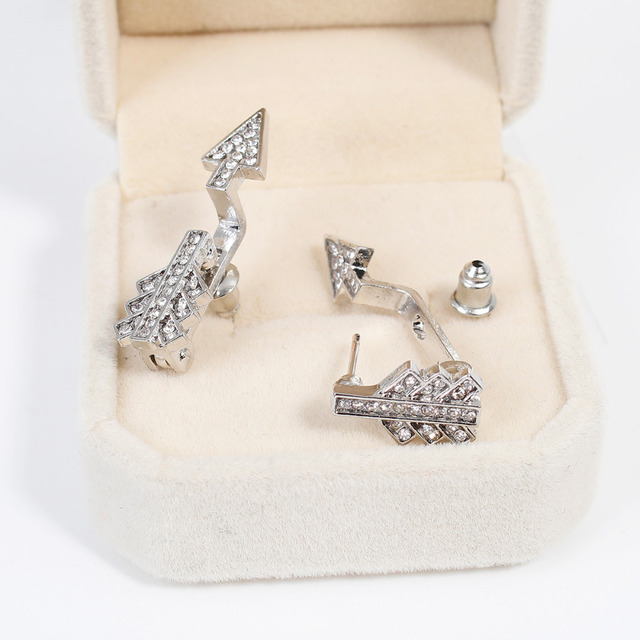Arrow Pattern Crawler Earrings For Women
