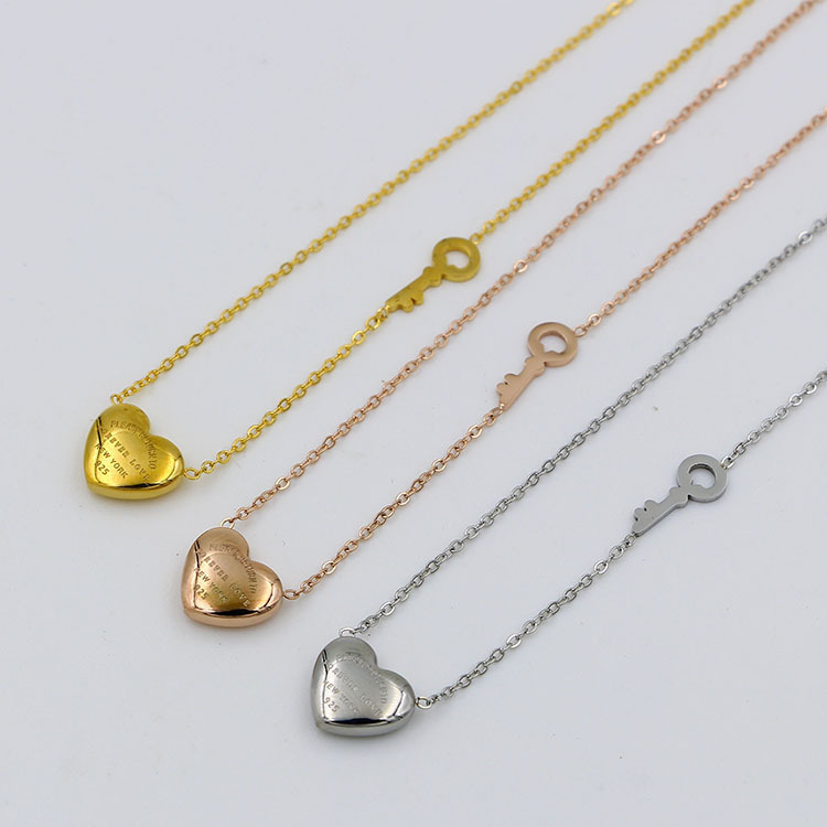 Wholesale Forever love heart key necklace titanium steel rose gold necklace for women fashion high quality jewelry not fade