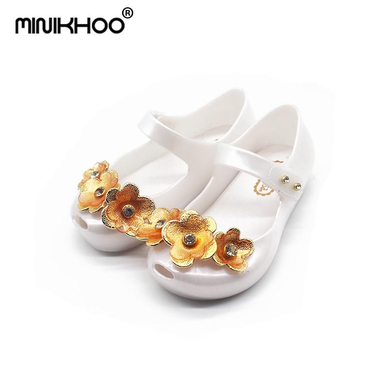 Mini Melissa 3D Flowers Girls Jelly Sandals 2018 Summer Girls Jelly Sandals Children Shoes Melissa Non-slip Girl Beach Sandals