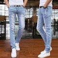 2016 de primavera y verano nuevos pantalones vaqueros de los hombres pantalones de estilo Coreano afluencia cielo azul pantalones casuales fresco stretch hombre encuadre de cuerpo entero pantalones
