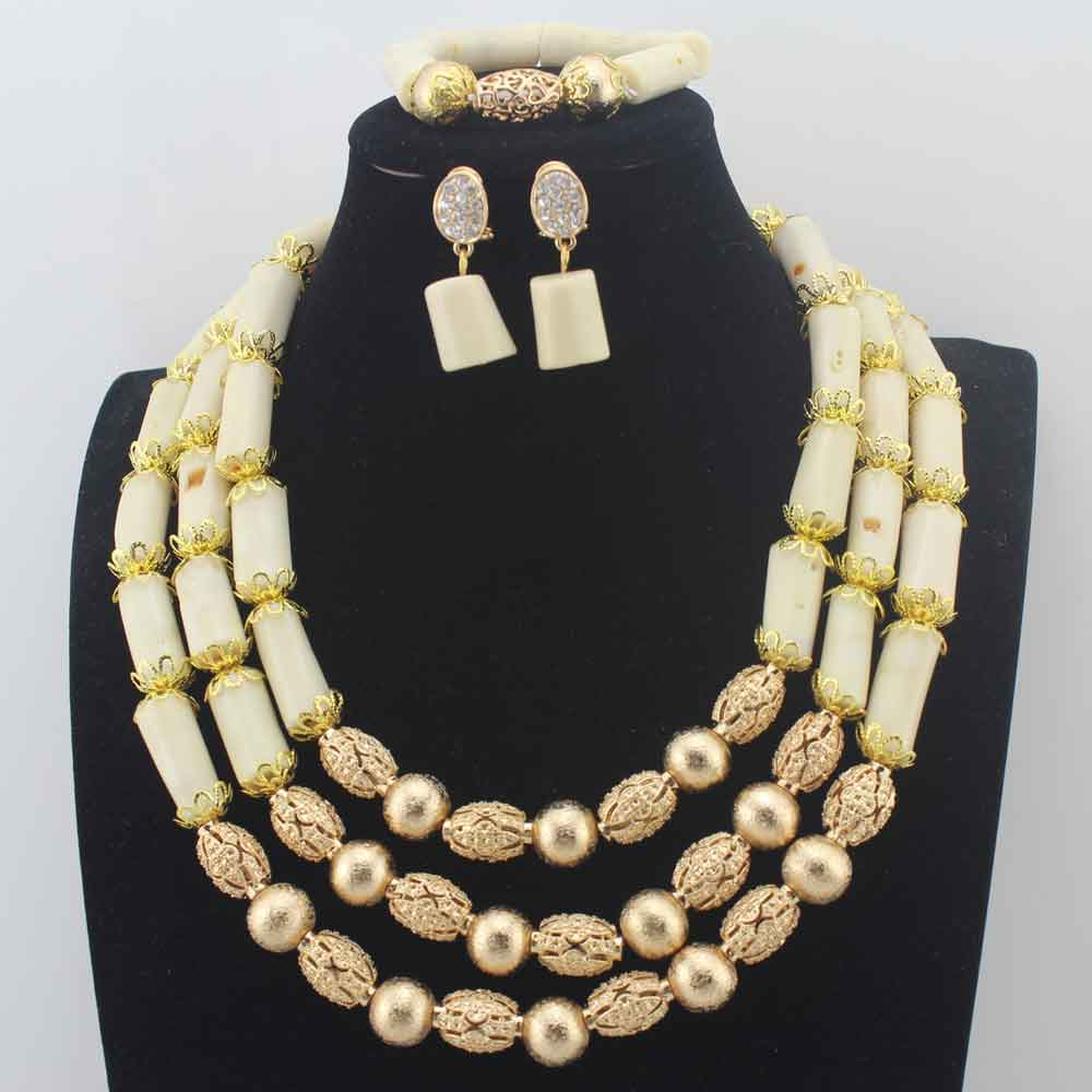 Luxury 3Layer White Coral Beads Costume Necklace Traditional Nigerian Wedding African Coral Beads Jewelry Set Free Ship HD8581Luxury 3Layer White Coral Beads Costume Necklace Traditional Nigerian Wedding African Coral Beads Jewelry Set Free Ship HD8581