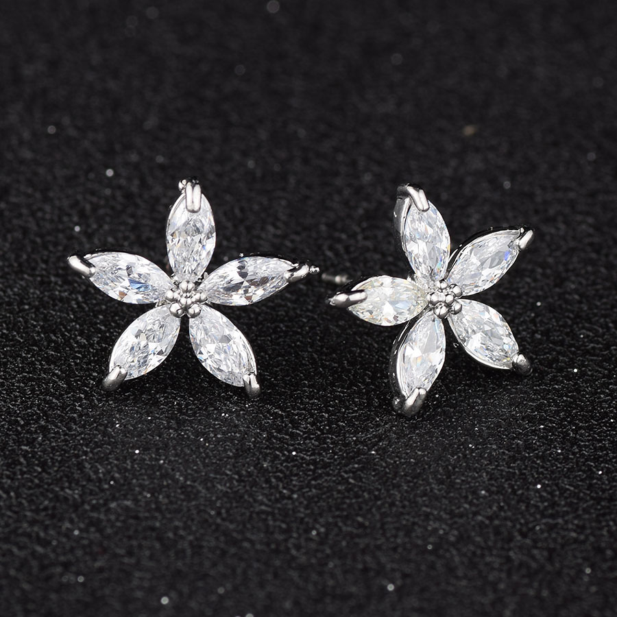Fashion Earings Gold Copper Simple Swan Star Shaped Zircon Stud Earrings for Women Lovely Heart Earring Ear Piercing Jewelry