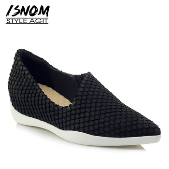 ISNOM Emboss Fashion Casual Flats Women Pointed Toe Footwear Insert Shoes Female Platform Cow Leather Shoes Woman 2019 Spring