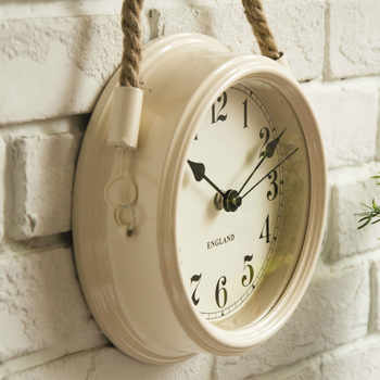 Nordic Modern Minimalist Clocks Wall Clock Living Room Wrought Iron Metal Clocks Creative Quartz Clock Personality