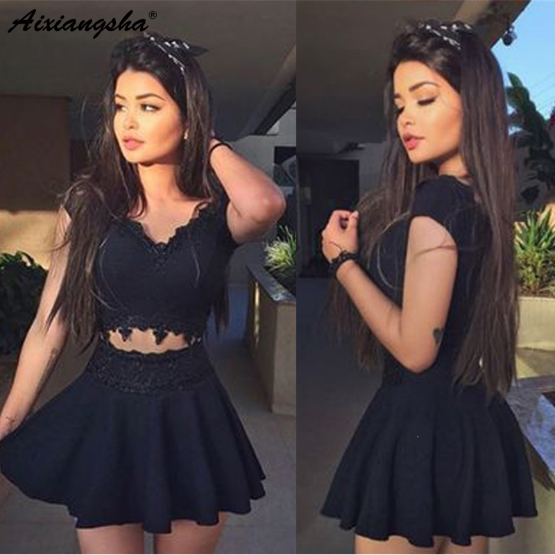 Cute Black Lace Short Mini Homecoming Dresses 2019 A Line Two Piece V Neck Open Back Simple Cocktail Dresses for Party