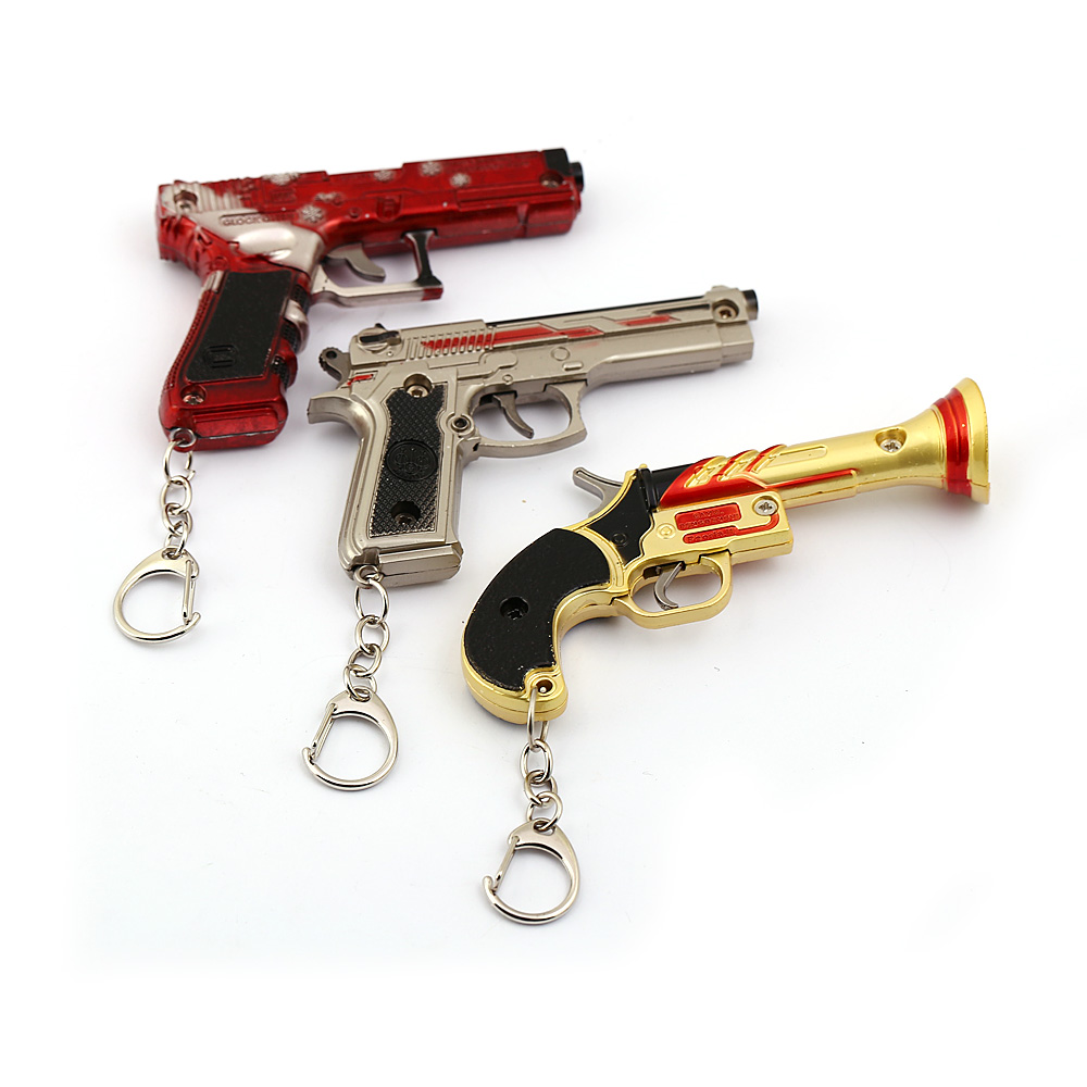 New 2019 PUBG Gun Model Keychain Metal Weapon Key Holder With Leather Case Pistol Pendant Key Rings Men Gifts llaveros Souvenirs