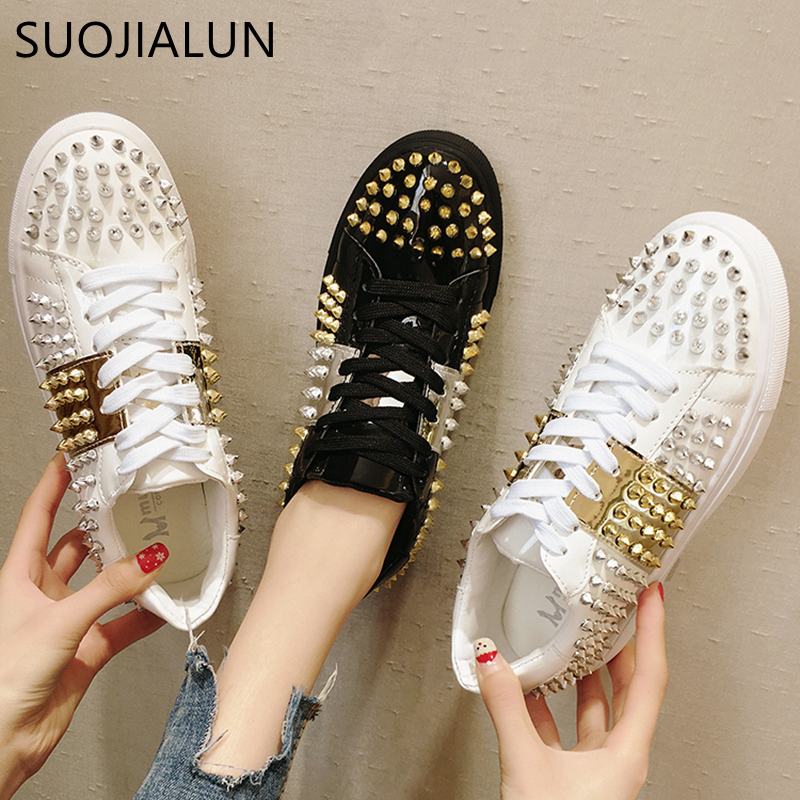 SUOJIALUN Brand 2019 Spring Women New sneakers Fashion Rivet Soft Comfortable Casual Flat Shoes Lady Flats Female shoes
