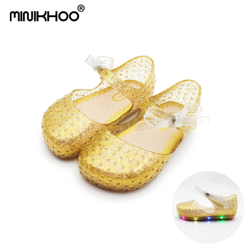 Mini Melissa 2018 New LED Flashing Lights Butterfly Results Shoes Breathable Girl Princess Shoes Gown Mini Melissa Sandals Shoes
