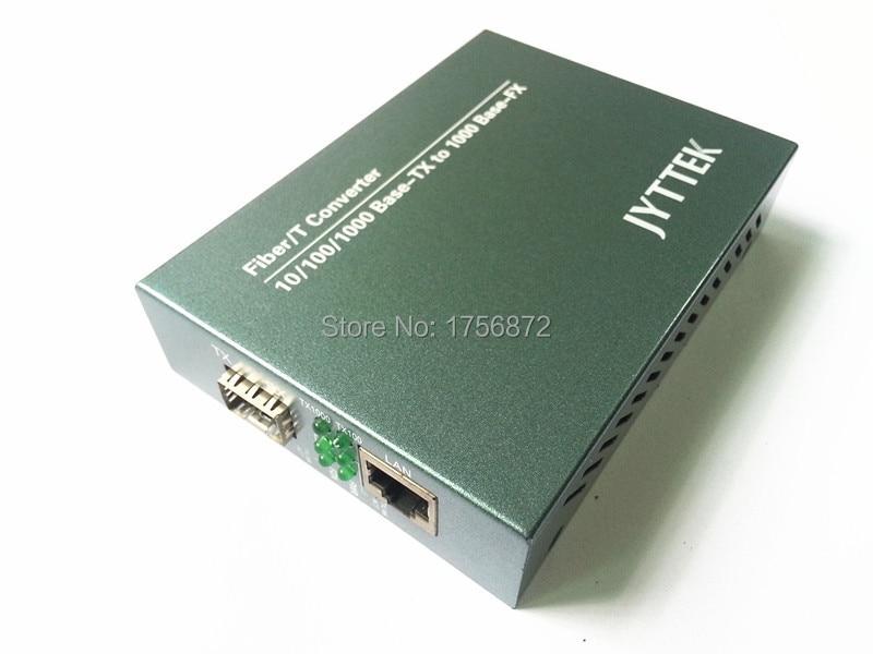 10/100 / 1000M SFP Fiber Media Converter Външен PSU 1 Fiber и - Комуникационно оборудване - Снимка 1