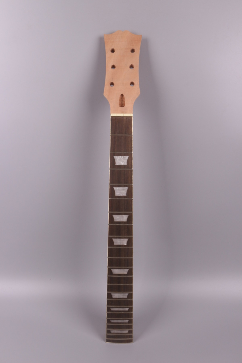 unfinishede electric guitar neck 22 fret Locking nut 628mm mahogany made and rosewood fingerboard unfinishede electric guitar neck 22 fret locking nut 628mm mahogany made and rosewood fingerboard