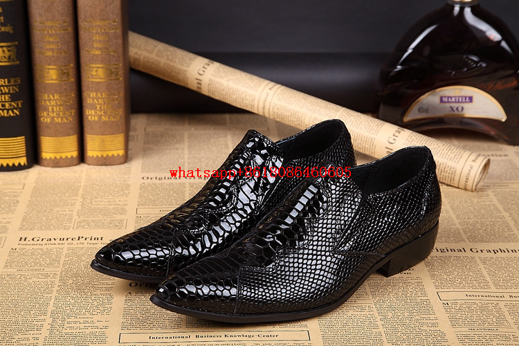 Shoes Spring Mens Leather Shoes Spiked Loafers Pointy Crocodile Skin Shoes Zapatos Designer 2018 Formal Shoes Men Party Dress Oxford