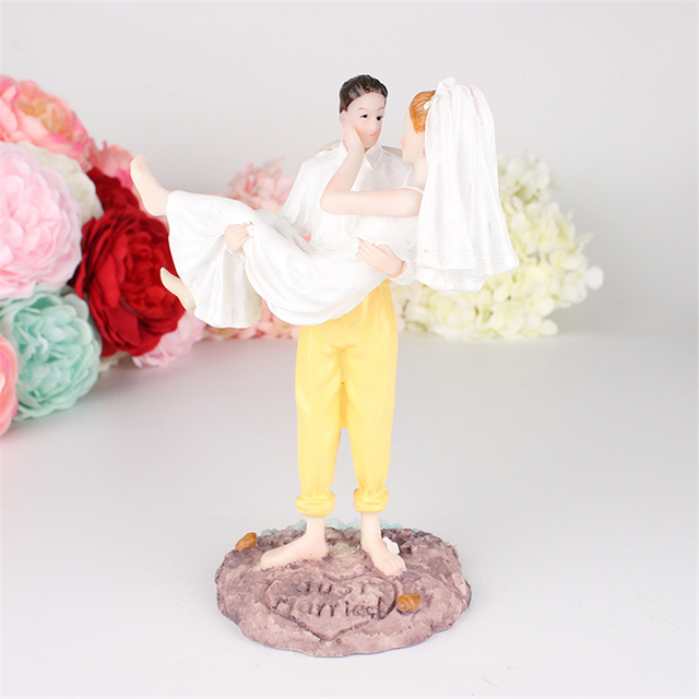 Us 13 29 5 Off Just Married Beach Couple Figurine Wedding Funny Cake Toppers Cake Stand Cake Decorations Wedding Supplies In Pendant Drop