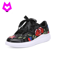 YTracyGold Moda Retro Zapatos Blancos Zapatos Planos de Las Mujeres Florales de Impresión Inferior Suave Zapatos de Las Señoras Ocasionales Ligero Tenis Feminino