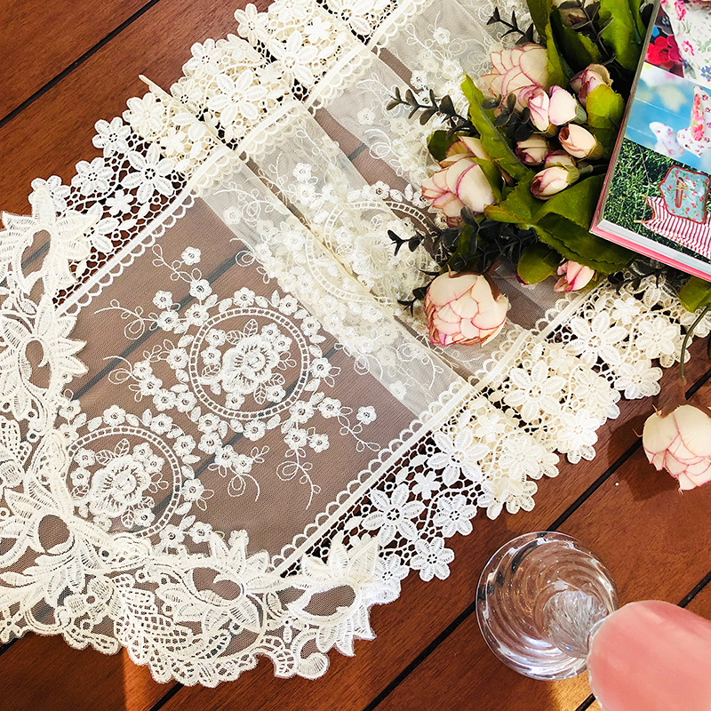 Proud Rose European Table Flag Lace Table Runner Cloth Cover Light Golden TV Cabinet Cover Towel Wedding Decorative Towel in Table Runners from Home Garden