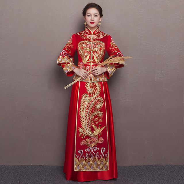 Chinese traditional dress red long sleeve cheongsam for Traditional red chinese wedding dress