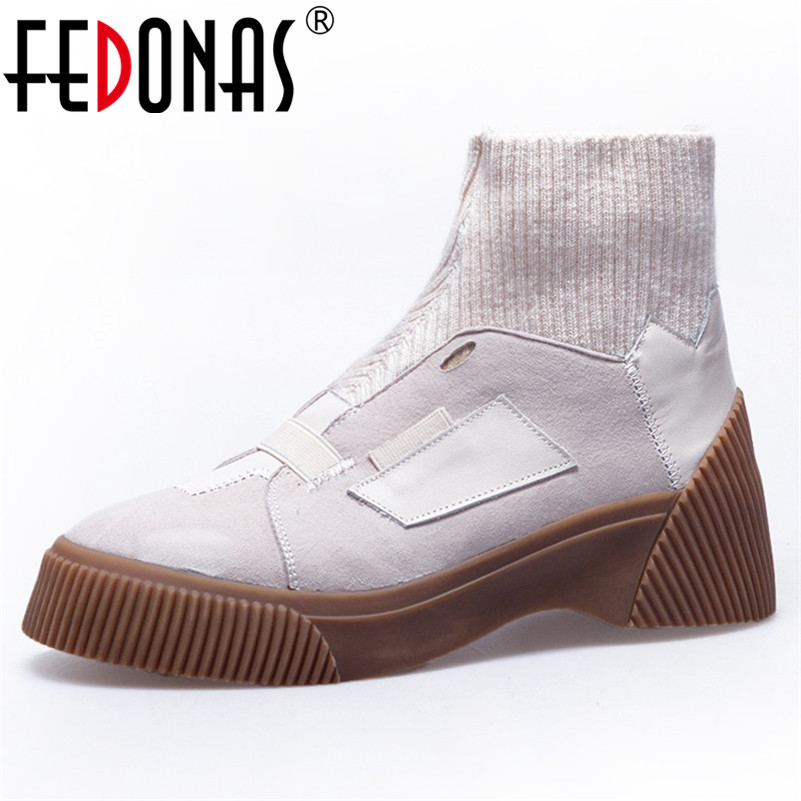 FEDONAS Brand 2019 New Women Ankle boots Cow Suede Punk Motorcycle Boots Round Toe Platforms Autumn Winter Shoes Woman