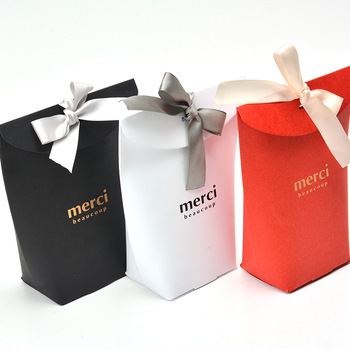 100pcs Black and white red hot high-end gift box of chocolate candy box cookies nougat dessert pillow box 8x5.5x16.5cm