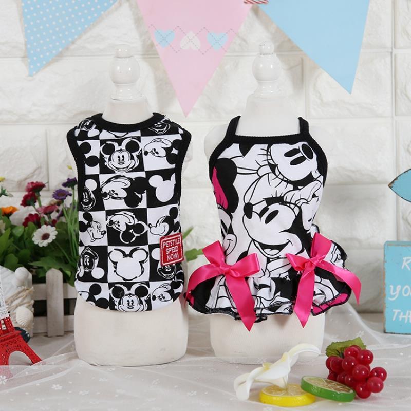 बिल्लियों के लिए कपड़े कॉटन ब्लैक कार्टून डॉग कैट ड्रेस बनियान कपड़े बिल्लियों के लिए खरगोश जानवरों वसंत पालतू आपूर्ति फैशन आउटफिट